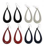 4 pairs of vintage style plastic loop earrings